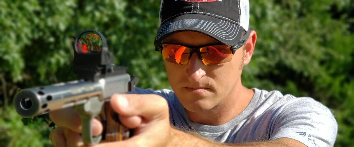 22plinkster shooting a handgun